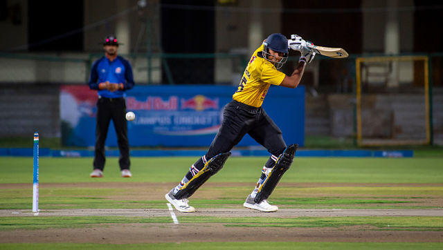 Shahrukh Khan playing at Red Bull Campus Cricket fpr Hindustan College. Chennai. Ali Bharmal / Red Bull Content Pool