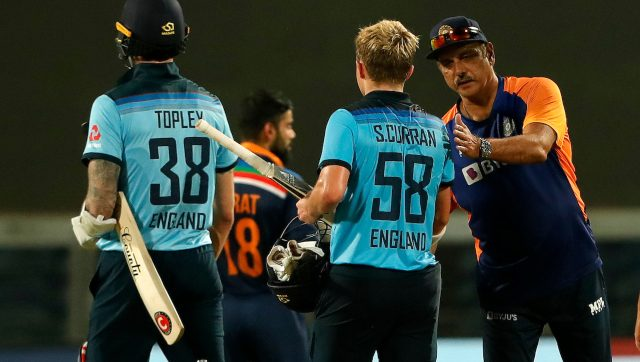Sam Curran being congratulated on his valiant knock by India coach Ravi Shastri at the end of the third ODI. Image: Sportzpics for BCCI