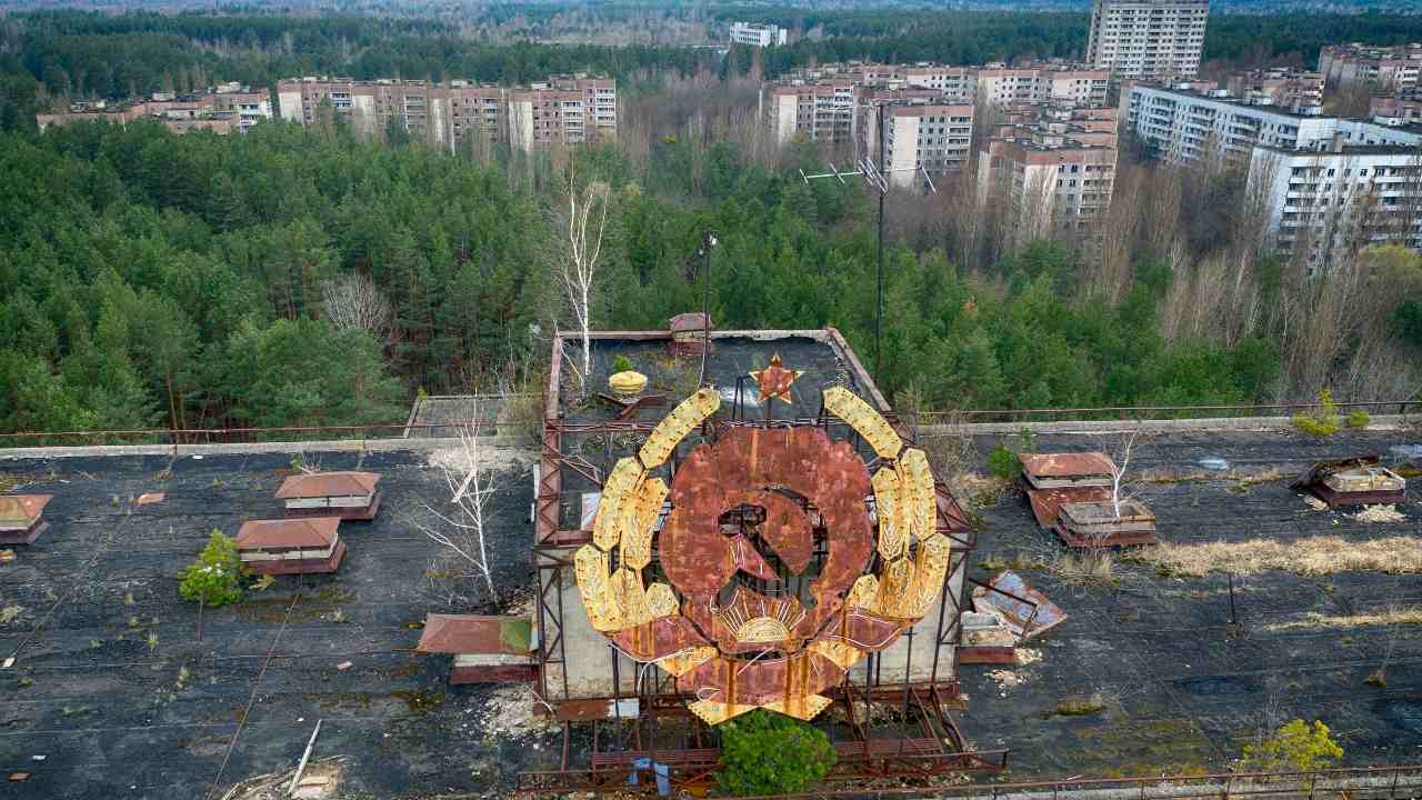 Chernobyl after 35 years 10 chilling images reveal scars left behind by nuclear disaster