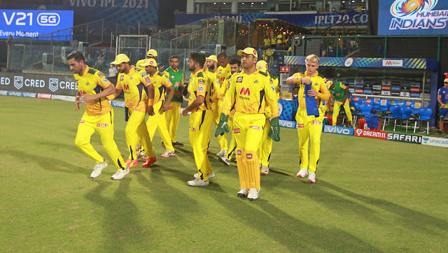 Chennai Super Kings in action against Mumbai Indians. Sportzpics