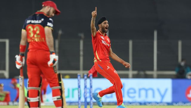 Harpreet Brar of Punjab Kings celebrates the wicket of Glenn Maxwell of Royal Challengers Bangalore during match 26 of the Vivo Indian Premier League 2021 between the Punjab Kings and the Royal Challengers Bangalore held at the Narendra Modi Stadium, Ahmedabad on the 30th April 2021. Photo by: Deepak Malik / Sportzpics for IPL