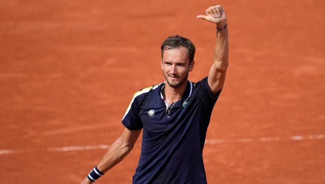 French Open 2021 Serena Williams eliminated Daniil Medvedev sets up Stefanos Tsitsipas clash