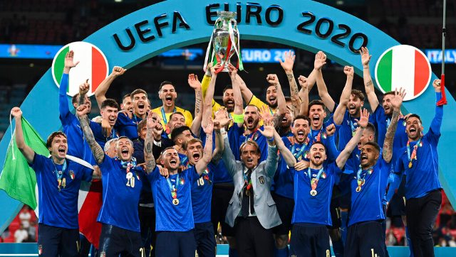 Super Sunday Messis dream fulfilled Djokovic joins 20 club Italy inflict pain on England to clinch Euro title and more