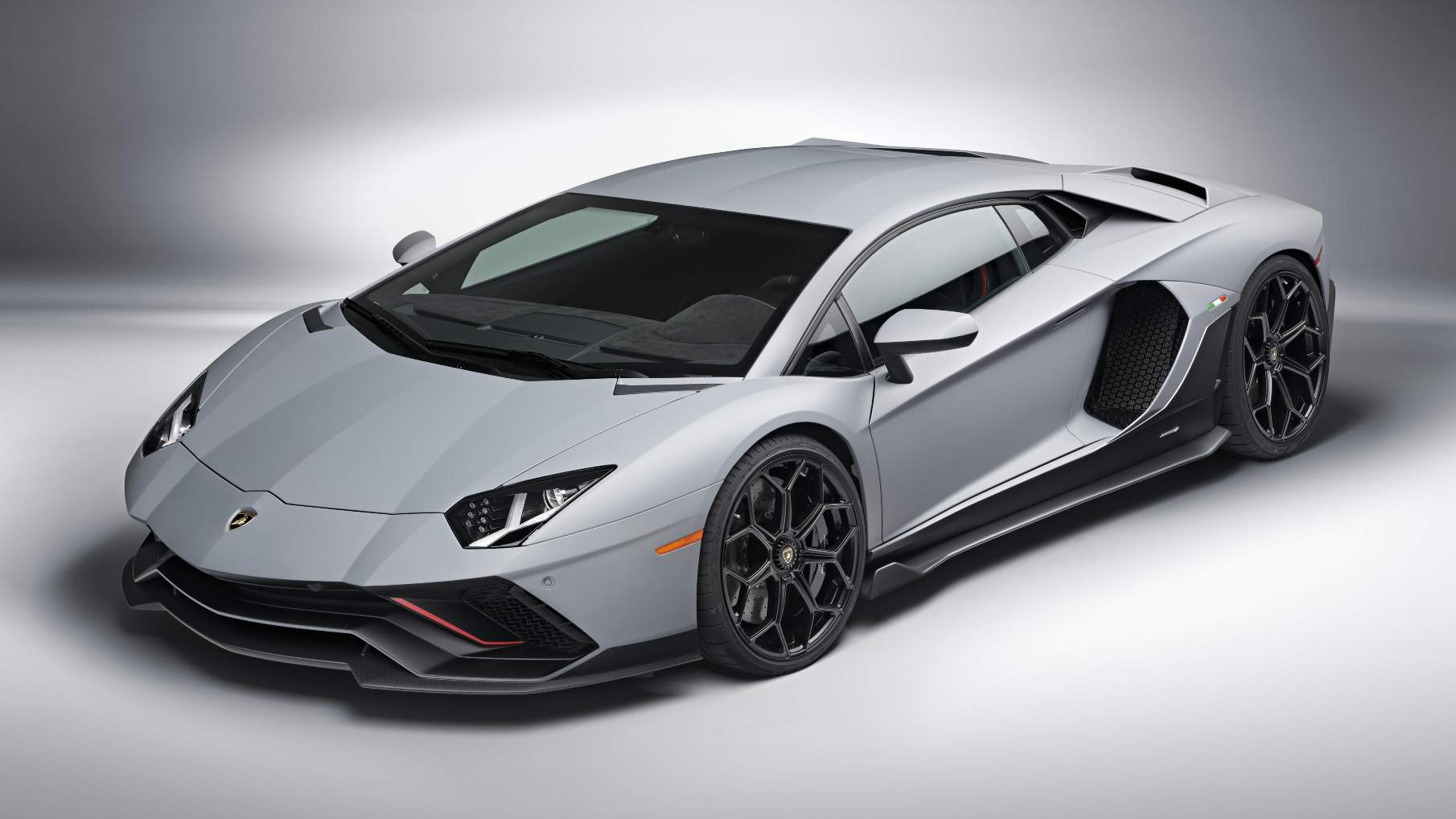 The Ultimae is the most powerful road-going version of the Lamborghini Aventador, and will be launched in India soon. Image: Lamborghini