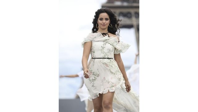 Camila Cabello wears a creation for the L'Oréal Spring / Summer 2022 ready-to-wear show.