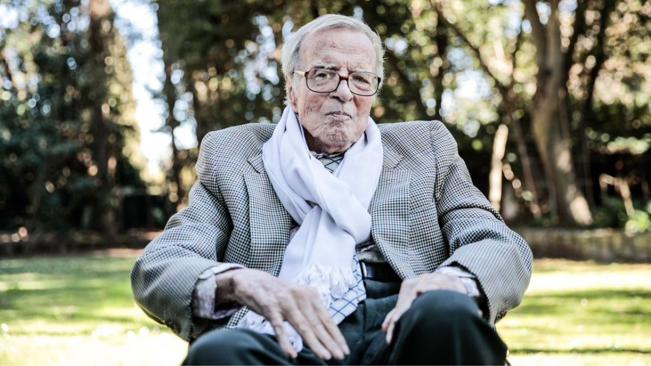 Franco Zeffirelli Oscarnominated Italian director known for 1968 film Romeo and Juliet passes away at 96