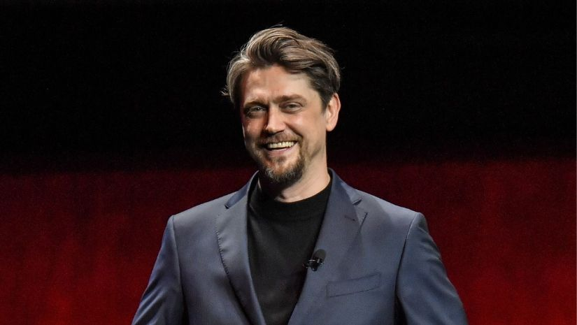 It director Andy Muschietti reportedly in talks to helm Ezra Millers The Flash standalone film